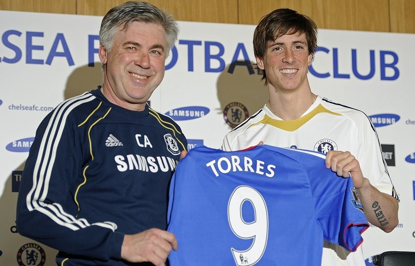 Torres signs for Chelsea